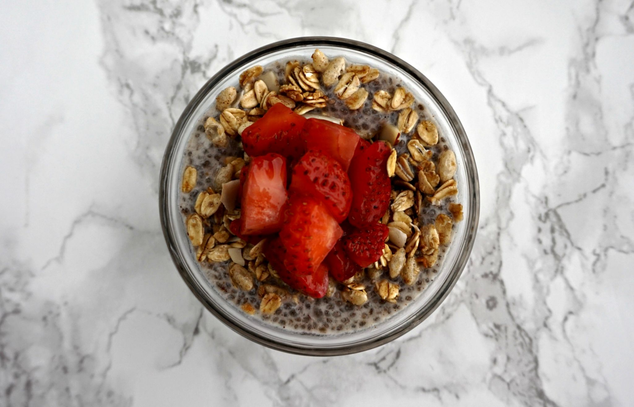 Quick & Easy Breakfast - Strawberry Chia Pudding // Healthy Breakfast // Breakfast Meal Prep | Beauty With Lily