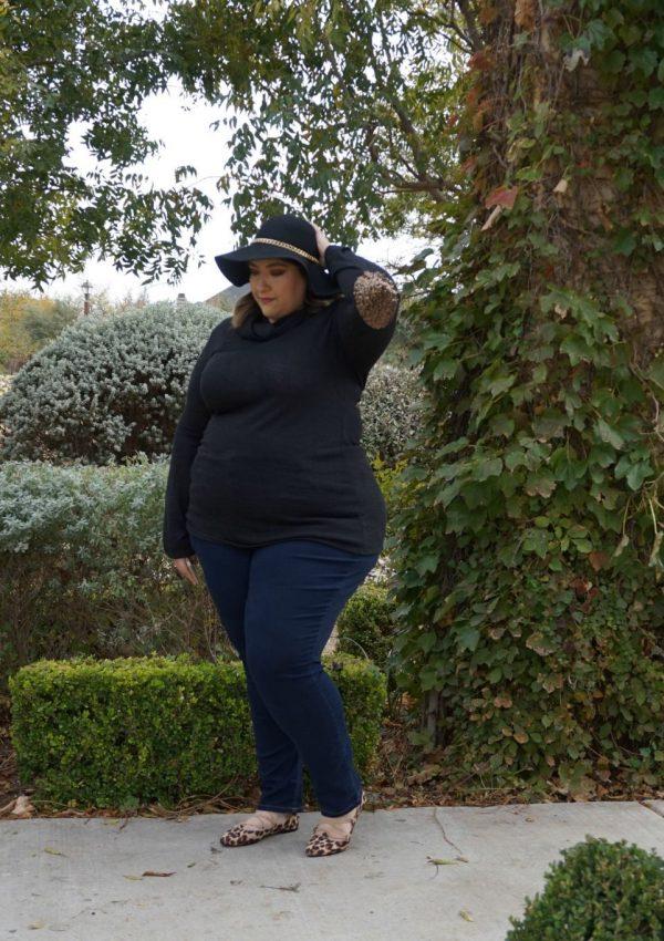 Plus-Size Thanksgiving Outfit Inspiration // Plus-Size Fall Outfit Inspiration   Beauty With Lily, A West Texas Beauty, Fashion & Lifestyle Blog