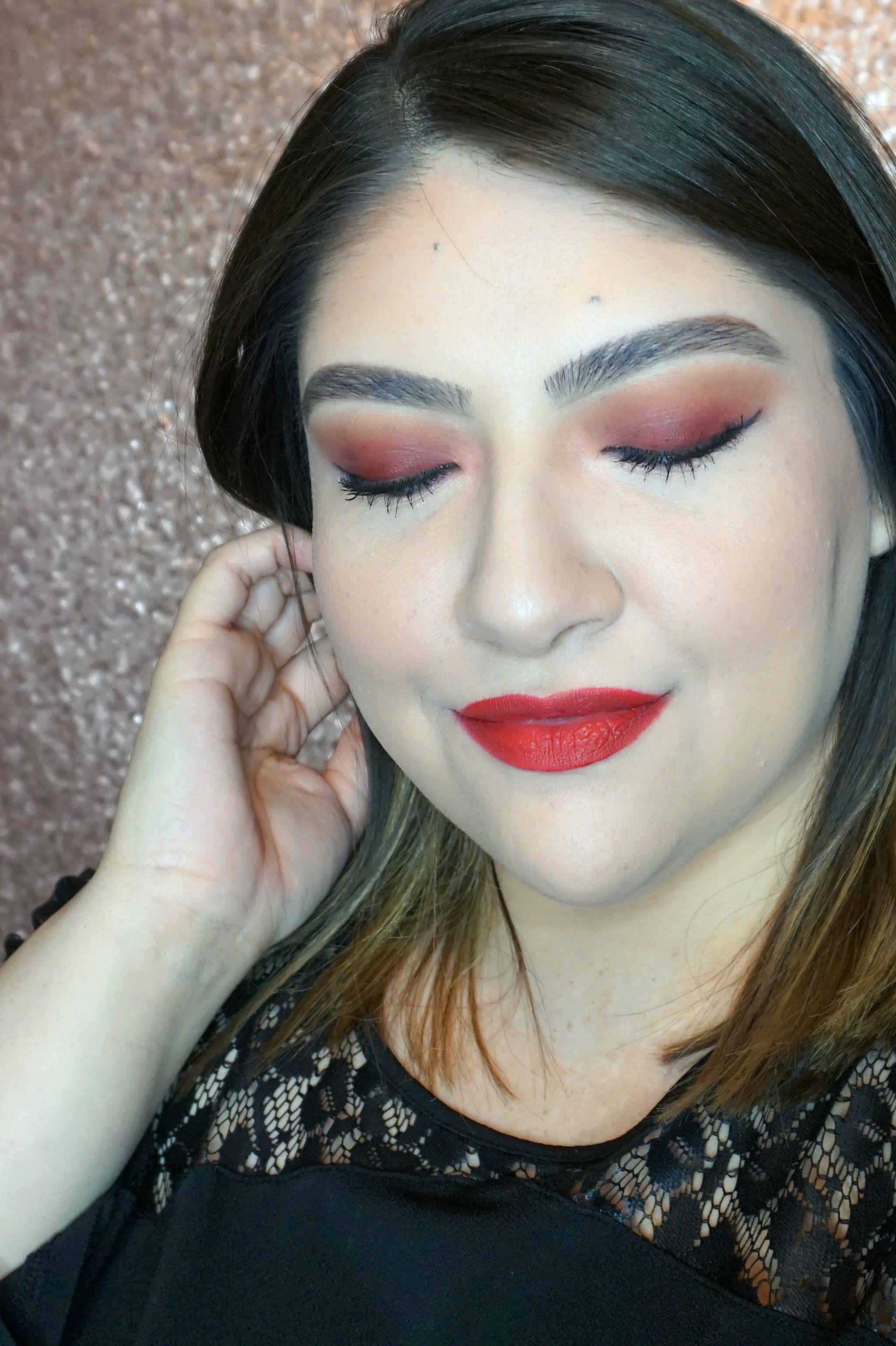 Easy Bold Date Night Makeup Look // Easy Makeup Look // Bold Makeup Look // Date Night Makeup | Beauty With Lily #beautyblogger #makeuplook #easymakeup #datenightmakeup