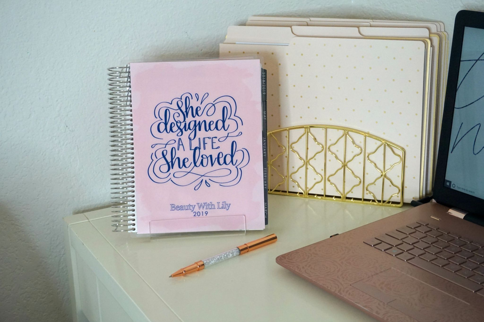 How To Use A Planner Effectively // How To Use A Planner // How To Be More Productive // Erin Condren Planner // Monthly Planner // Organization Tips // Planning Tips | Beauty With Lily
