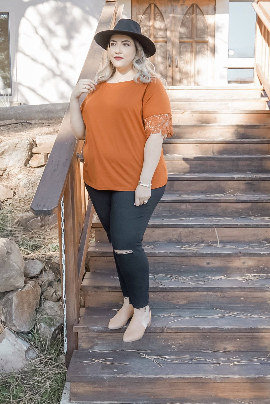 Fall Fashion Essentials // Plus Size Clothing For Women // Fall Fashion Outfit Ideas // Affordable Fashion for Women // How To Style A Hat | Beauty With Lily