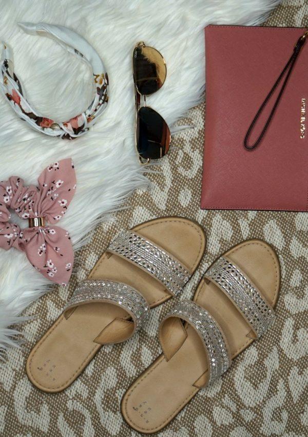 Spring Break Essentials Under $100 // Spring Fashion // Spring Break Fashion // Spring Outfit Ideas // Summer Fashion // Summer Outfit Ideas // Spring Fashion Essentials // Summer Fashion Essentials | Beauty With Lily #springbreak #springbreakessentials #fashionessentials