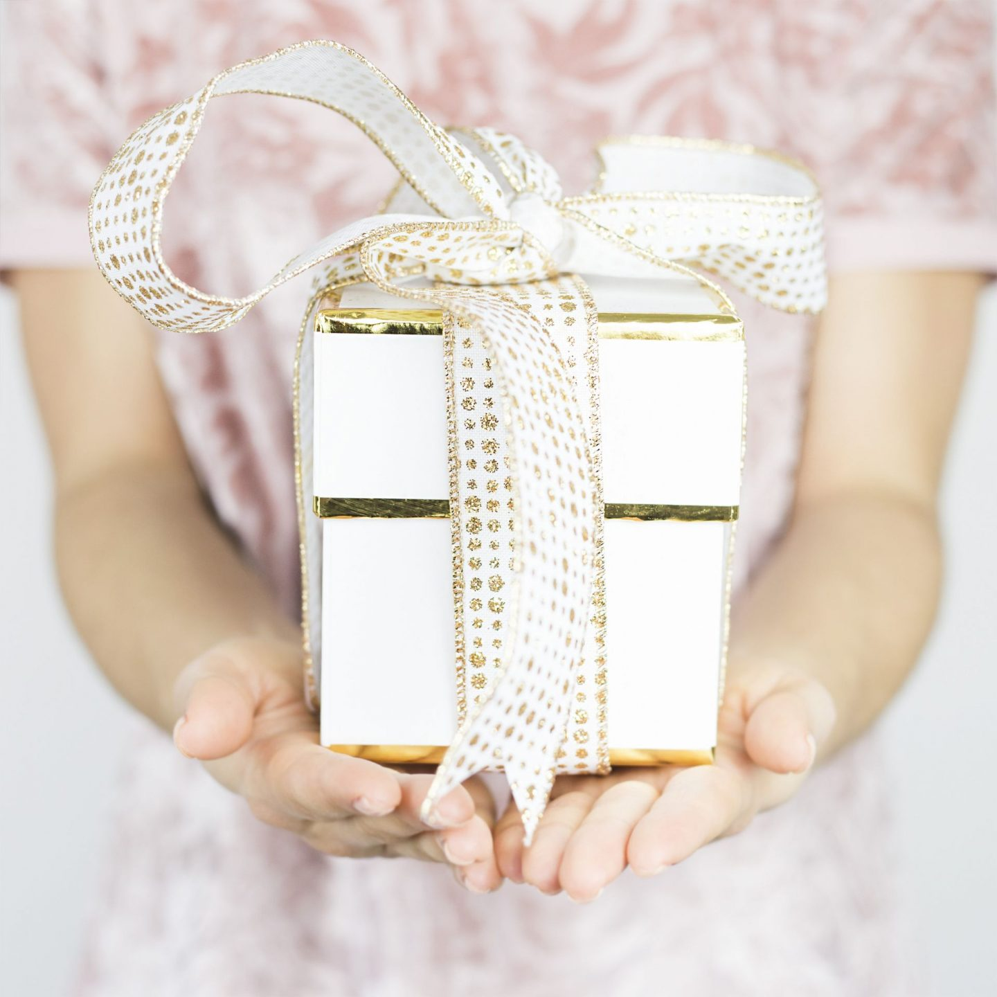 Mother's Day Gift Guide // Mother's Day Gift Ideas // Gift Ideas for Her // Affordable Gift Ideas for Women   Beauty With Lily #giftideas #mothersdaygifts