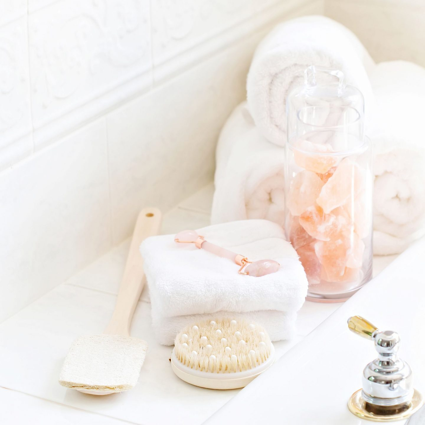 Beauty Rituals To Try // Beauty Self-Care Ideas // Skincare Tips // Spa Day At Home Tips // How To Have A Spa Day At Home // Pamper Yourself Tips | Beauty With Lily #beautyrituals #selfcareideas #beautyselfcare